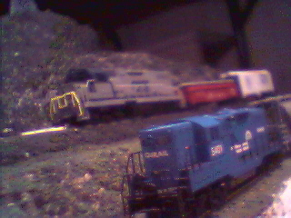 ex-CSX GP-38 #779 and ex-Conrail GP7 #5401 race against the clock and each other